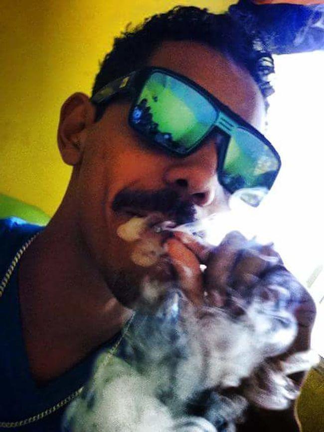 Blazing Paperplanes Clouds Shades Noeyedrops Freeweed _\|/_ Smoker