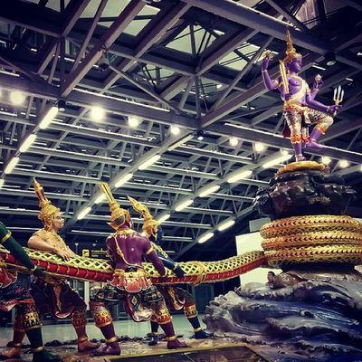 Sympa l'aéroport de Bangkok, hein ? :) Travel