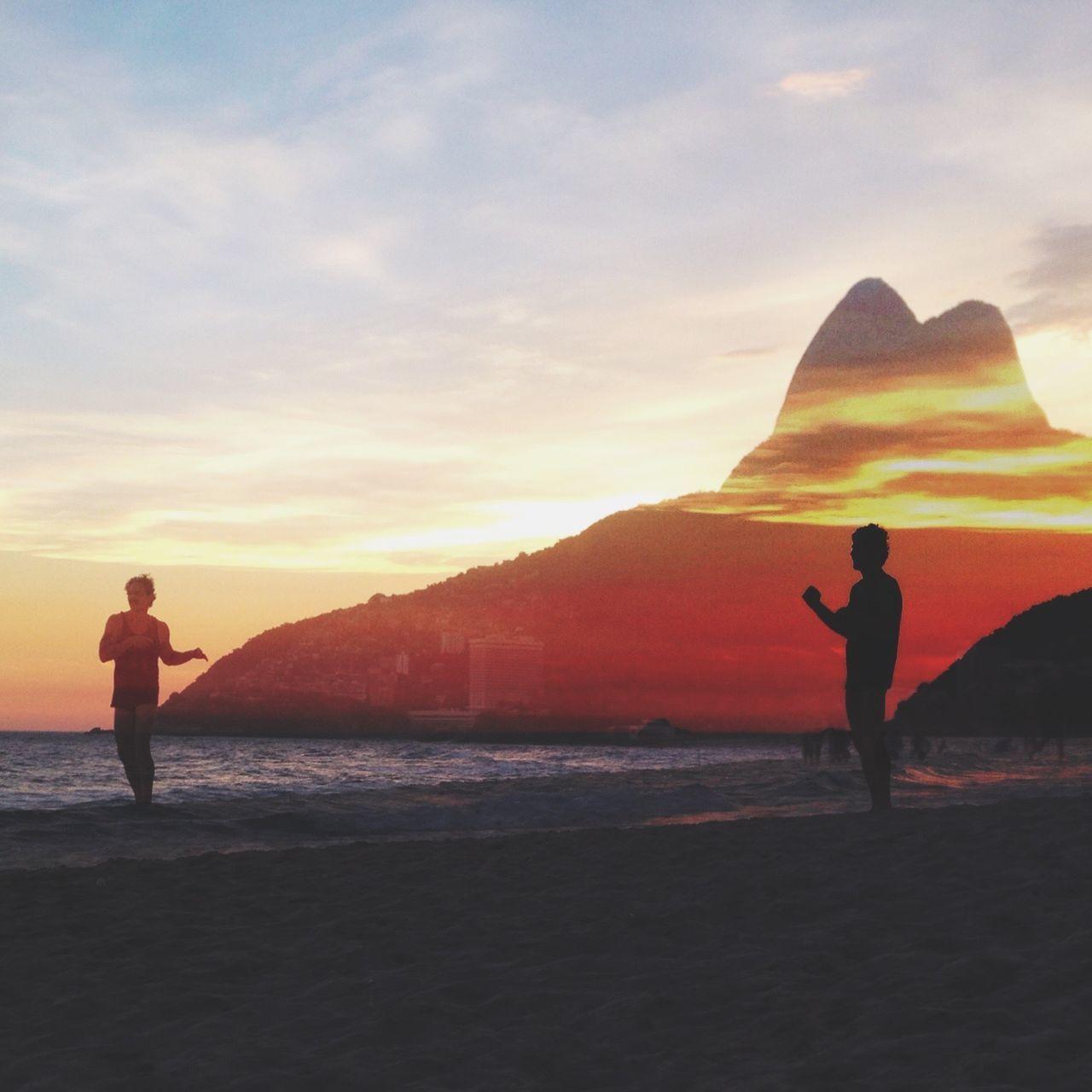 Sometimes I talk to myself... Leblon Beach EyeEm Brasil EyeEm Rio EyeEm Ambassador Sunset Silhouettes Superimpose Silhouette Hombrecitos Ipanema Beach Riodejaneiro