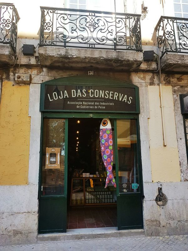 Sardinha Store Entrance City Travel Love Taking Photos Enjoying Life Hanging Out Explore The World Travel Destinations Hello World Lisboa🇵🇹 Portugal Lifestyles