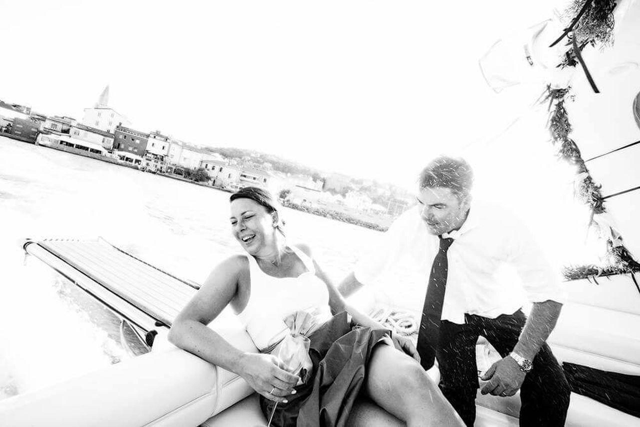 Wedding day! Wedding Bride Groom Bride And Groom Motorboat Striking Fashion Enjoying Life Lifestyle Open Edit Wedding Photography RePicture Masculinity