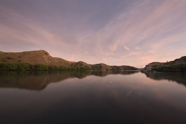 'Tranquil' Tranquil Scene Nikon D7200 Reflections In The Water Reflection Rincaisland Sunrise Landscape_photography Slow Shutter Speed Landscapes EyeEmNewHere Traveling Photography Travel EyeEm Gallery EyeEm Best Shots Wide Angle