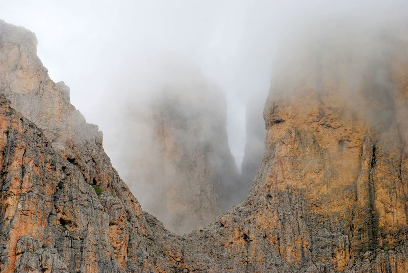 Beauty In Nature Dolomites, Italy Dolomiti Fog Fotografia Fotography Landscape Montains    Montana Mountain Nature Photo Photography Physical Geography Scenics Tranquility Pa Bu Live For The Story