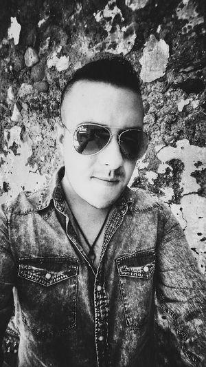 Hi! Selfie Glasses Hello World Faces Of EyeEm Selfie ✌ Be Happy Enjoying Life Its Me That's Me