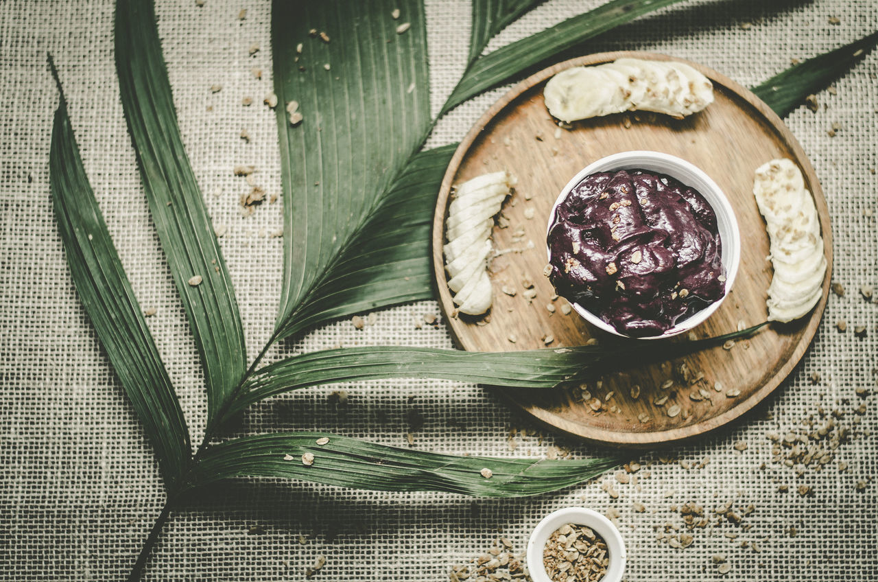 Acai Bowl Açai Bowl Brazil Food Foodphotography Freshness Freshness Healthy Eating High Angle View Leaf Ready-to-eat Visual Feast