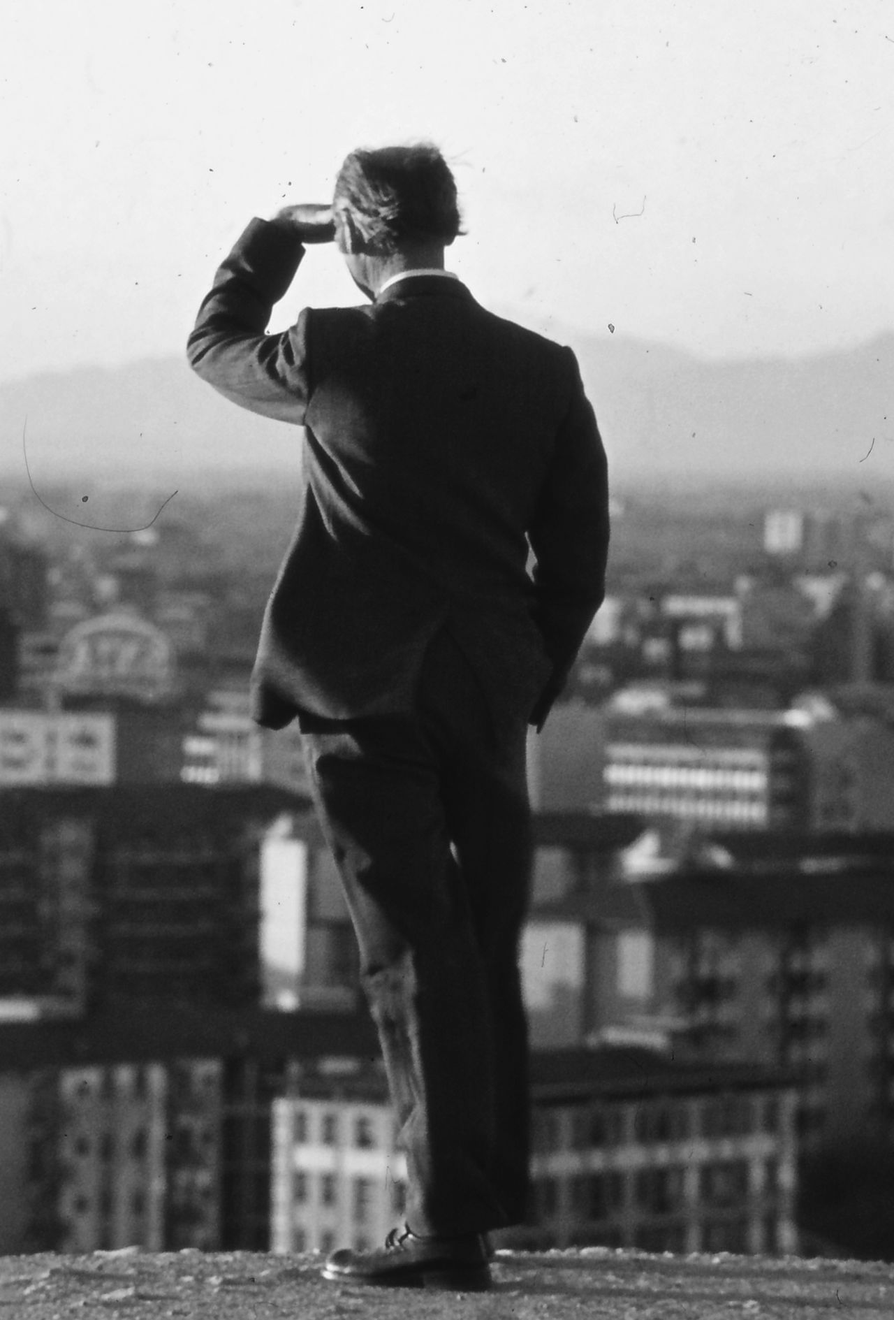 Contemplation Man Milano Monte Stella Old Fashion Style Person Seventies Standing