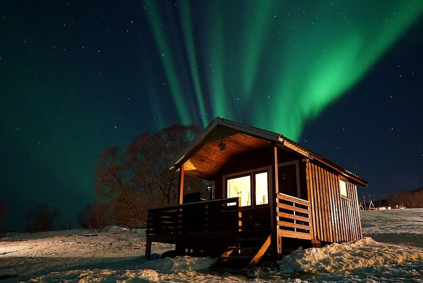 Found the lights right above our cabin 🙏 Sony A6000 Sigma Cottage Hut Outdoor Intense Colors EyeEm Nature Lover EyeEm Best Shots EyeEm Norway🇳🇴 Norway Nature Naturelovers Colorful Aurora Borealis Northern Lights EyeEm Barn Illuminated Sky Outdoors No People Shades Of Winter Snow Aurora Polaris Star - Space Night Cold Temperature Beauty In Nature Clear Sky