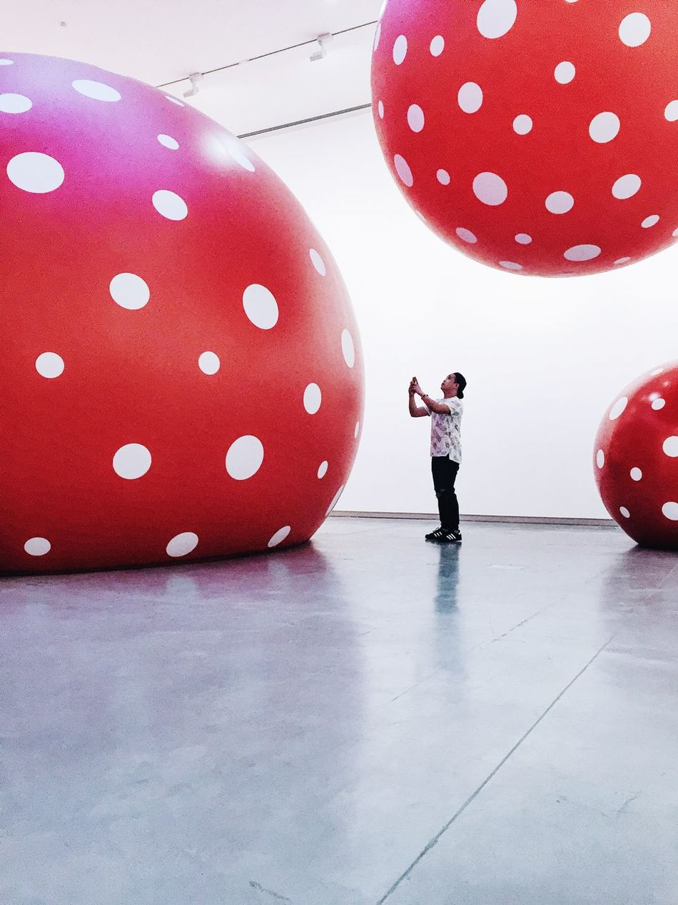 Chance Encounters // at Yayoi Kusama's Dot Obsession exhibition// Balloon Art Exhibition
