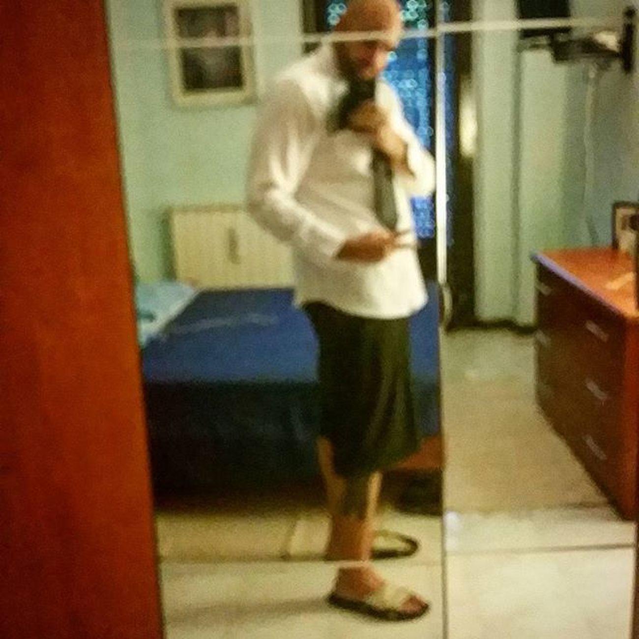 Oggi ho creato un nuovo stile: Camiciabatta per l'uomo che vuole essere elegante ma anche no