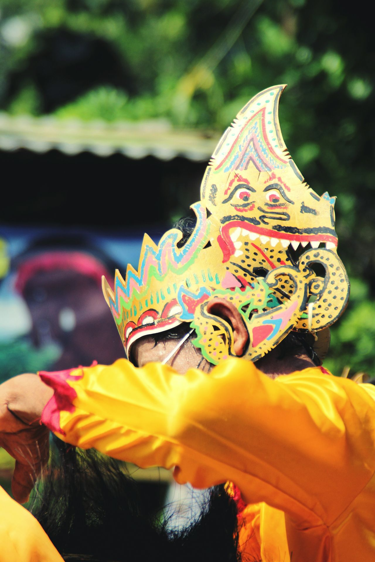 Culture #art #design #arturbain #urban #dessin #peinture #streetart #artderue #graffitti #tag #tags #tagstagramers #mural #murales #wallart #photographer #photography #artvisuel #artvisual Traditionaldance Traditional Culture Indonesia_allshots Indonesia_photography Dance Photography