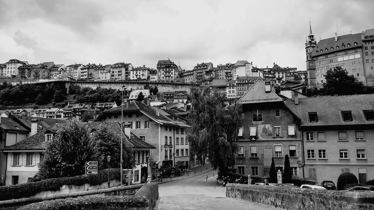 Szwajcaria Switzerland Fribourg Architecture Blackandwhite Welcome To Black EyeEmNewHere The Architect - 2017 EyeEm Awards The Street Photographer - 2017 EyeEm Awards
