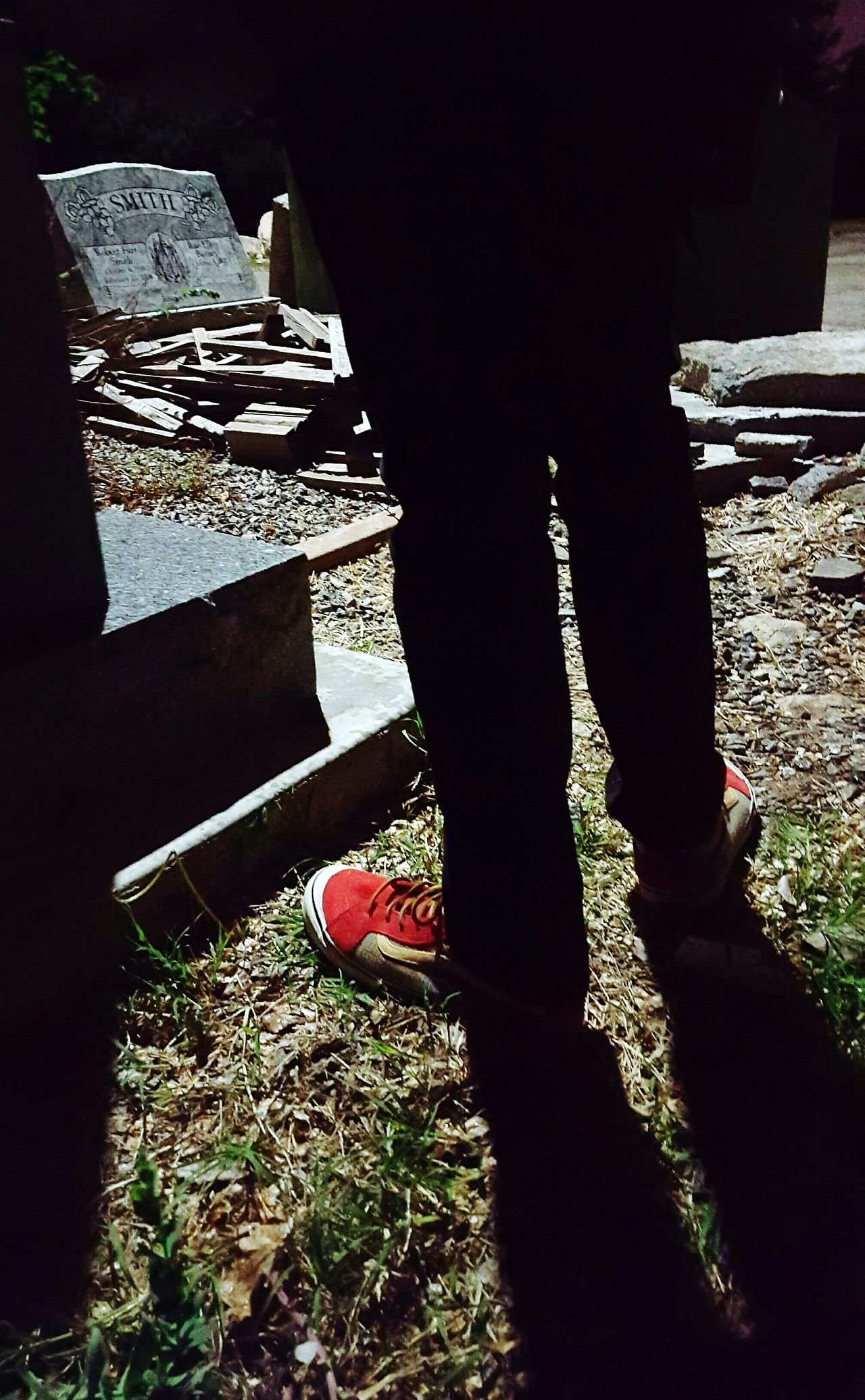 Hanging Out Taking Photos Hello World Shroomin' Streetphotography Redshoes Sneakers Graveyard Gravestone Adventures Legs Shadow