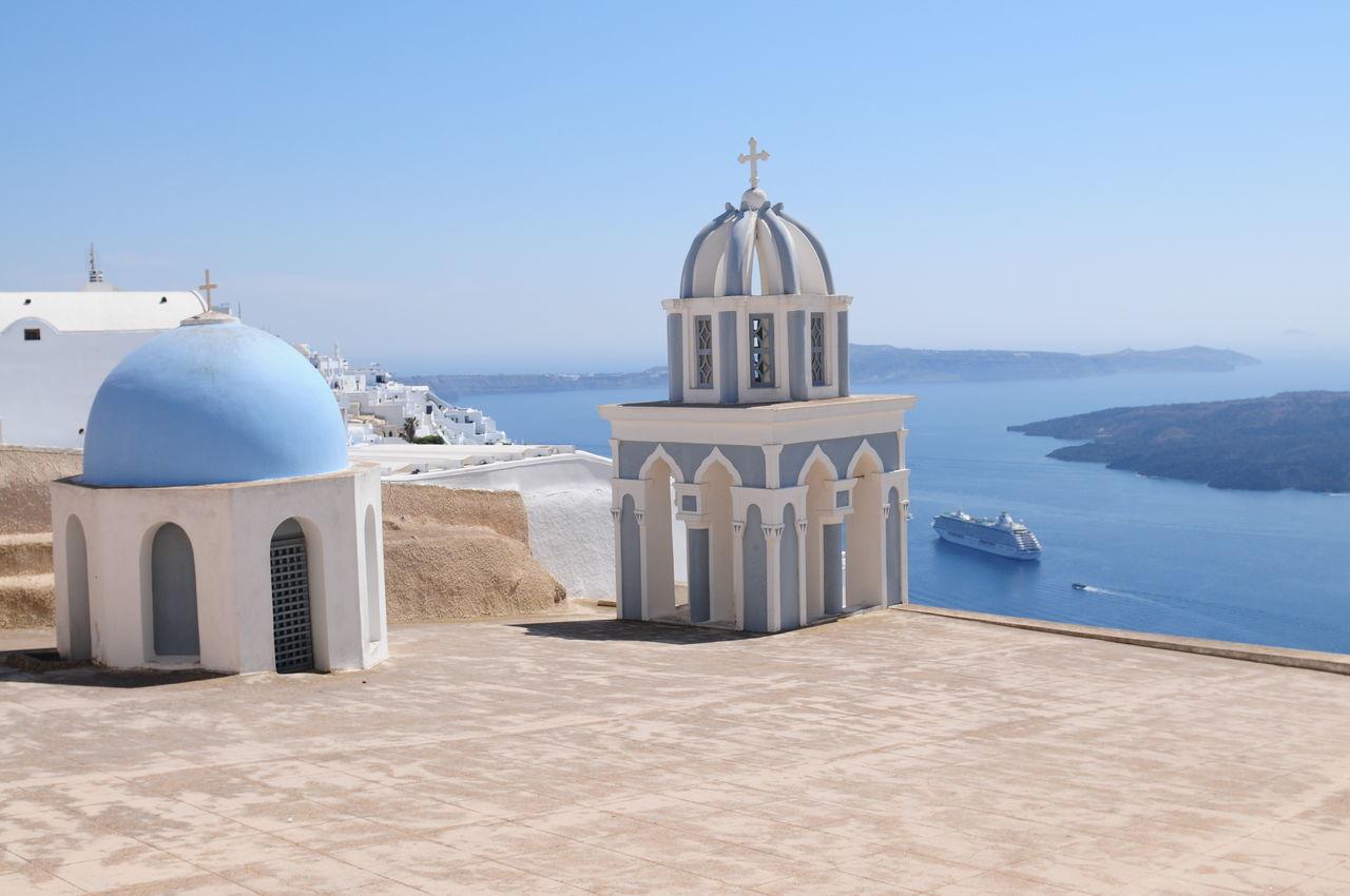 Beautiful stock photos of kreuz, dome, architecture, sunlight, built structure