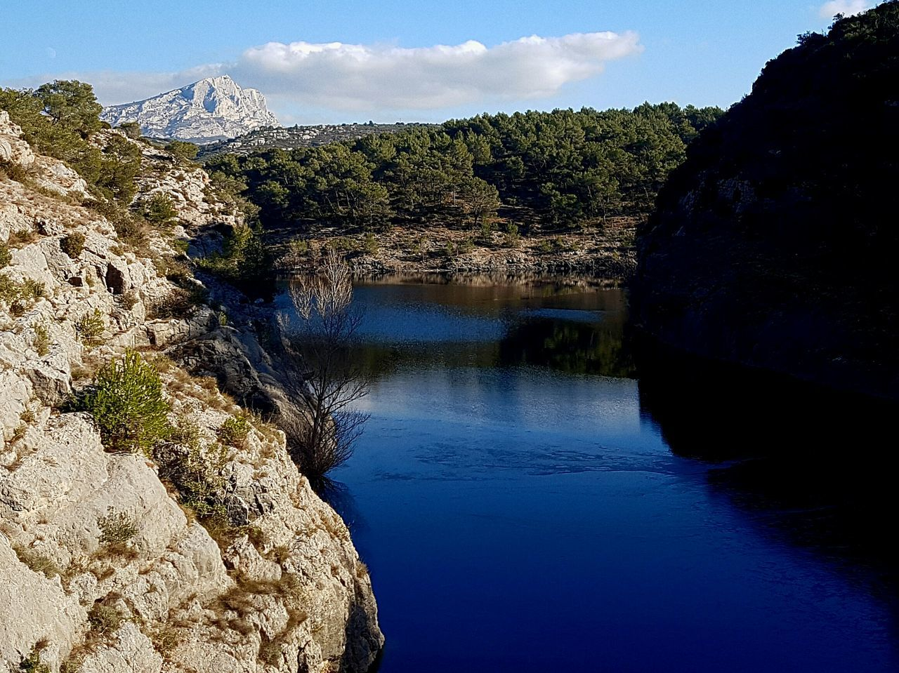 Water Blue Reflection Landscape Nature Vacations Beauty In Nature No People Sky Day Barage Architecture Clear Sky Montagne Bridge - Man Made Structure Lifestyles Aixmaville Beauty In Nature Provence Alpes Cote D´Azur Provence Mountains Naturelover Aix-en-Provence Saintevictoire Nature