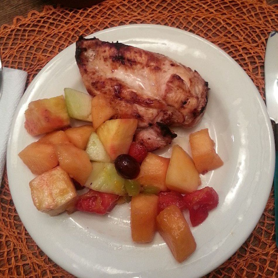 Dinnerisserved Nofilter Chicken Fruit
