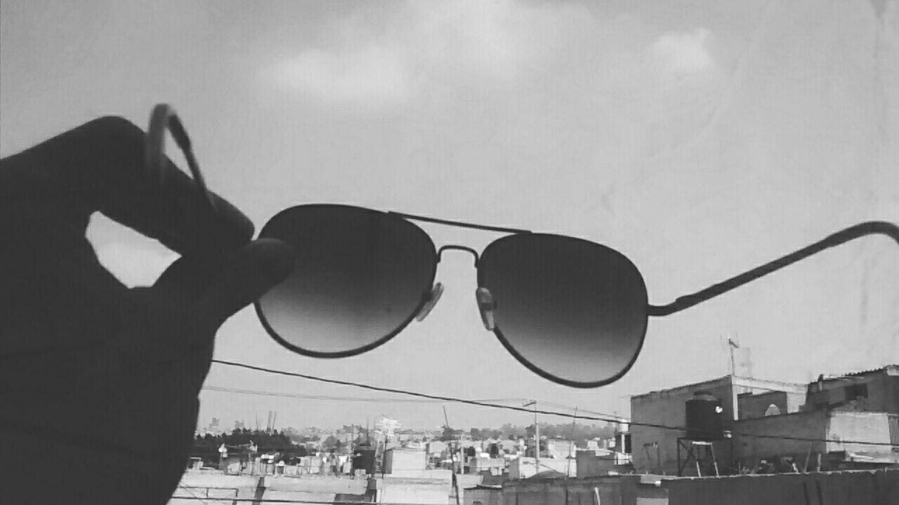 Gafas De Sol  Mexico City Master One Day Hola! ✋ Eye For Photography Photography Wow Perf Happy Day First Eyeem Photo