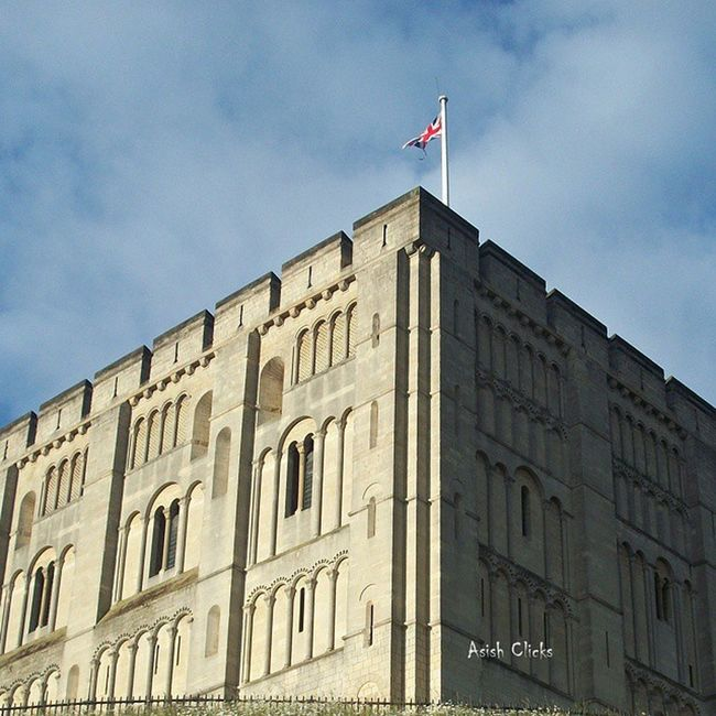 Norwich Castle Norwich Castle Norwichcastle Norfolk England Uk Unitedkingdom Travel Lovenorwich Loveithere Landmark Architecture Mustsee Mustgo Mustvisit Trip Tourism Instapic Instagood Asishclicks Mobilephotography Historical NorfolkCounty Touristattraction
