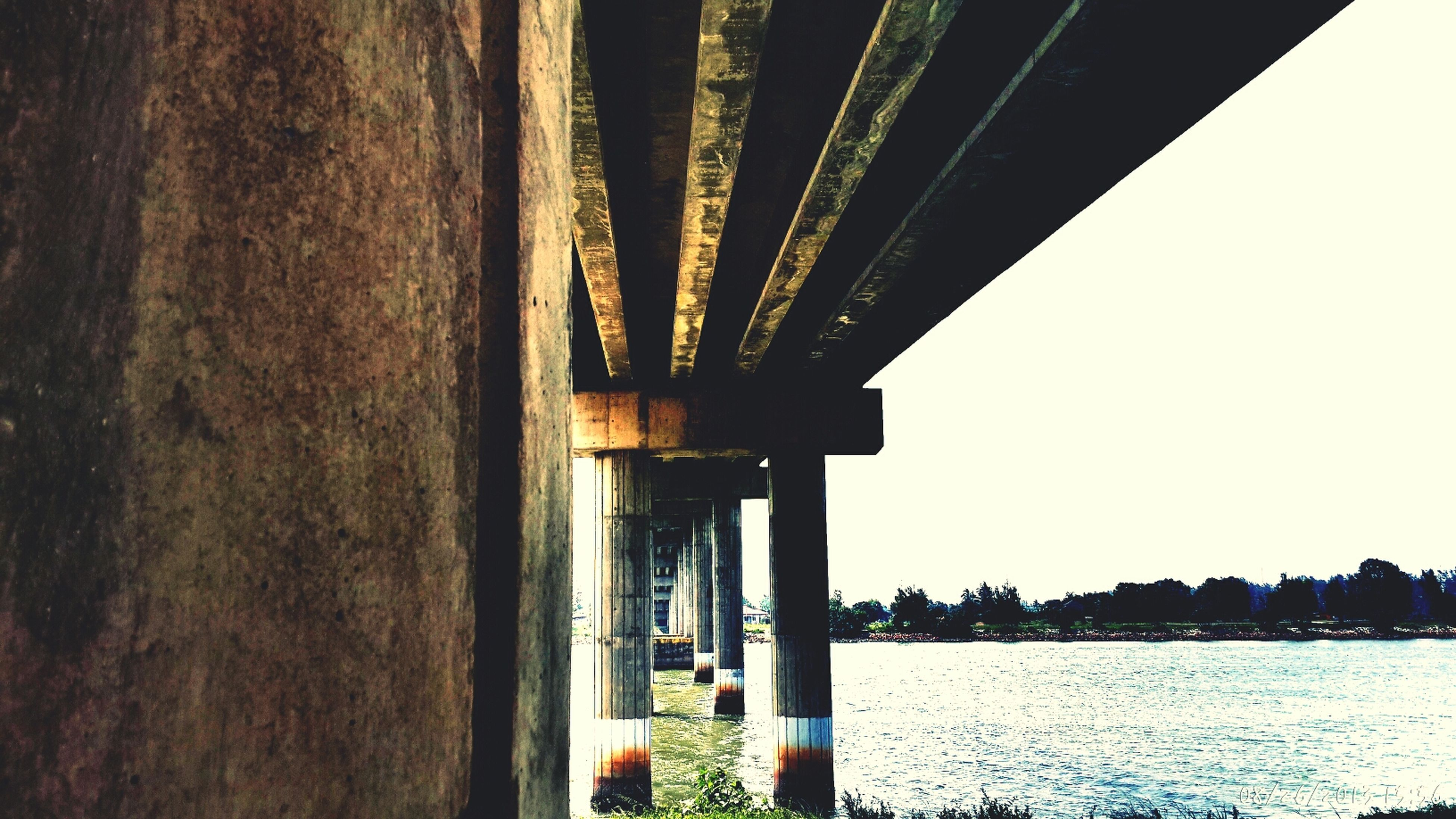 Bridge Samsung Galaxy S4 Beach
