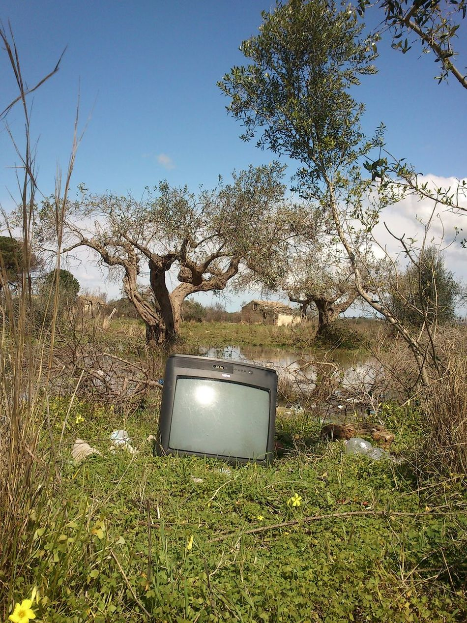 Natural place Castelvetrano Nature Pollution Television Tv Edge Of The World