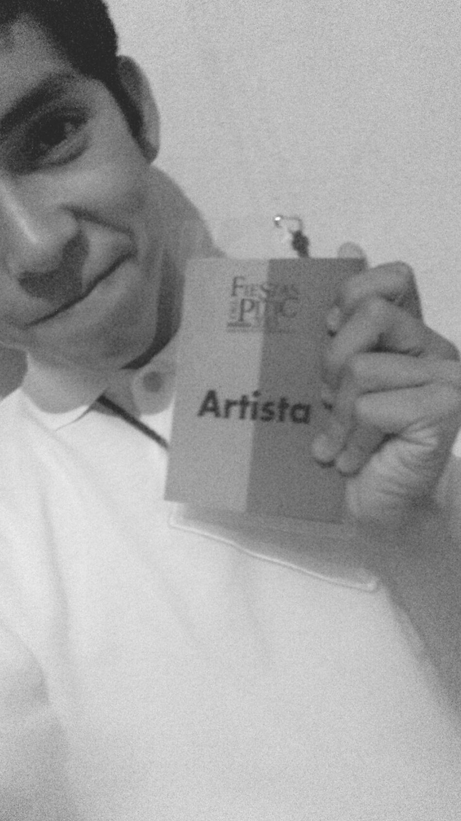 Artista por hoy y por siempre :) Fiestasdelpitic2015 Musicajovendelpitic Contrabass El Hechizo No Acaba A Las 12