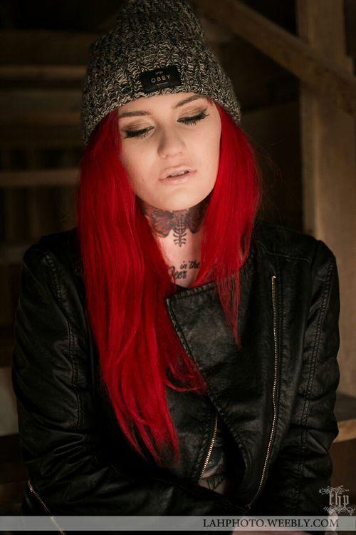 Harleyjean Barn Lingerie Lahphotonwa Lahphoto Redhair Tattoos Tattooed