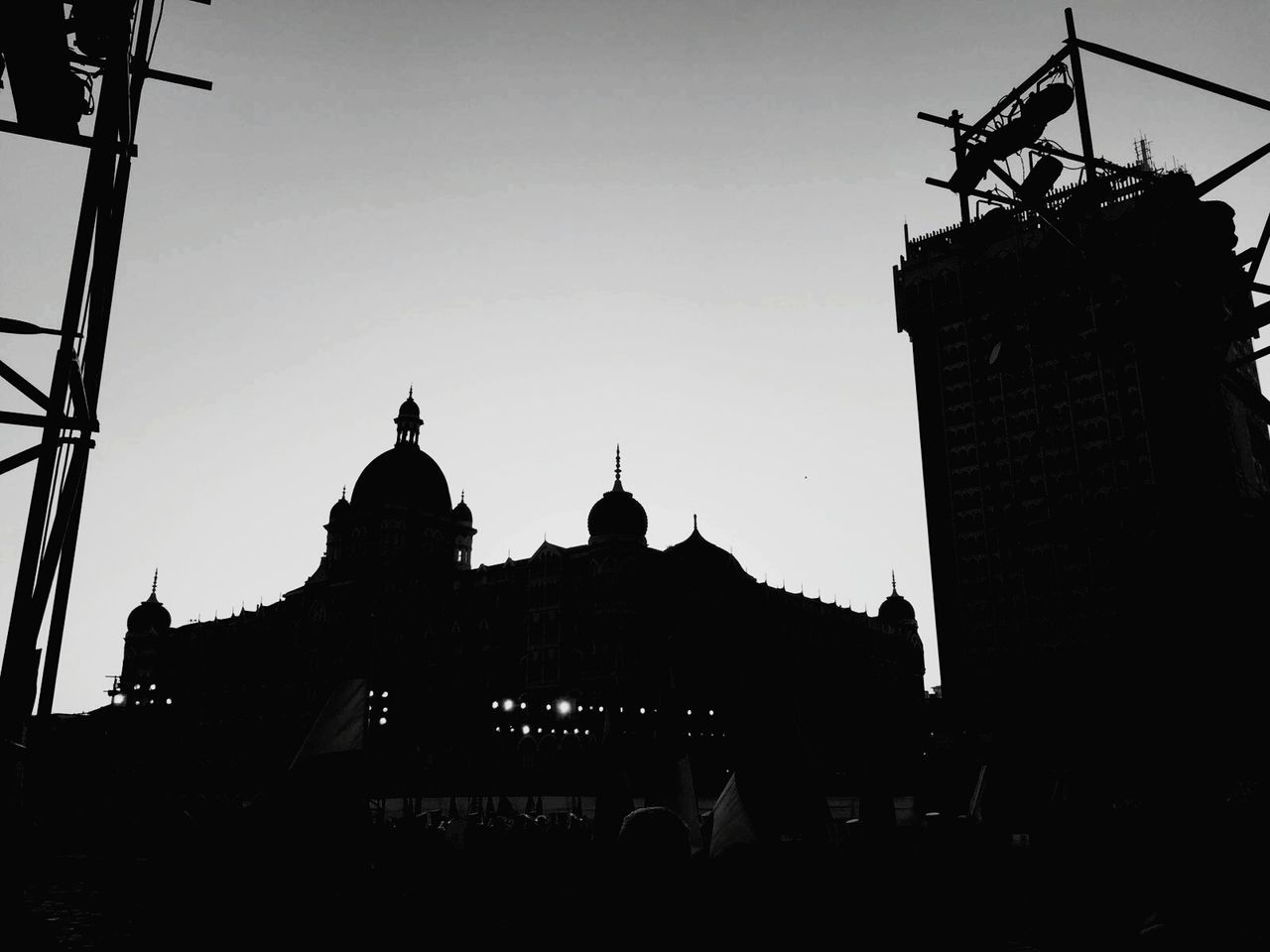 architecture, silhouette, built structure, building exterior, history, outdoors, city, clear sky, sky, no people, day