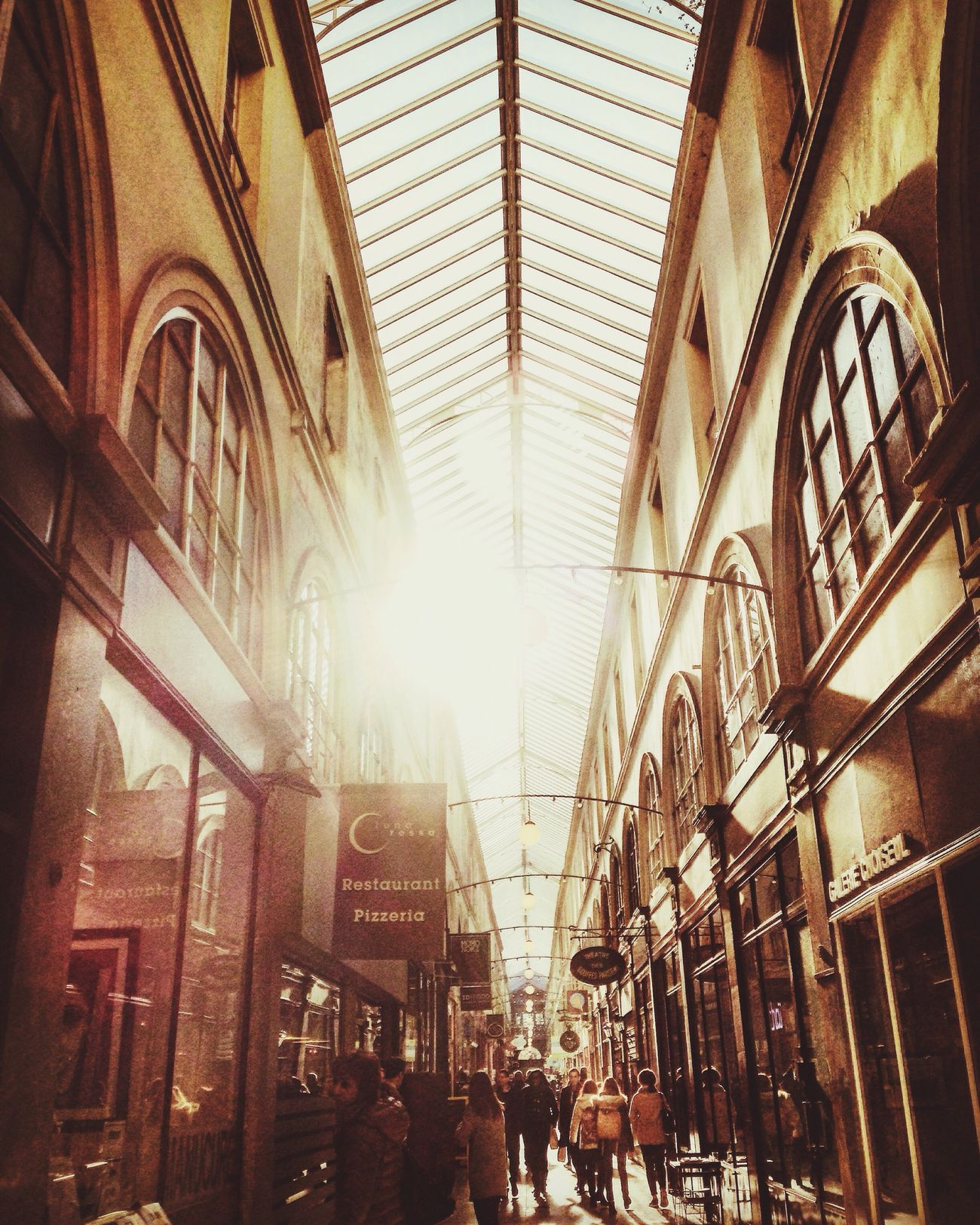 Paris Passage Passage Choiseul 2emearrondissement Pause Déjeuner Sunnyday☀️ Walking Around People City Life Italian In Paris First Eyeem Photo