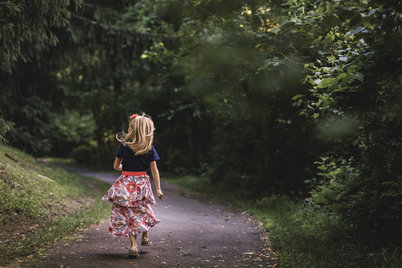 Casual Clothing Child Childhood Day Girl Kids Being Kids Nature Outdoors People Play Real People Run Walking The Great Outdoors - 2017 EyeEm Awards