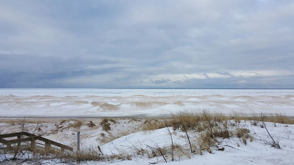 Beach Nature Water Sand Landscape Outdoors Winter Snow Snow And Sand Sand Dunes Ice Lake Great Lake Lake Michigan Shore Snowy Beach Beauty In Nature Winter In Michigan Scenic Drive Scenic View Michigans Upper Peninsula Lake Ice Wind Power Of Nature