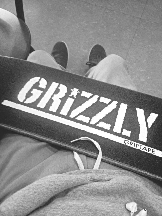 Chillen ? Skateeverydamnday Skateboarding Grizzlygang Suprafootwear