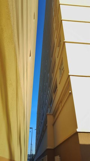 Architecture Built Structure Window Building Exterior Day Modern Low Angle View Outdoors No People Close-up Sky Unclicheunclindoeil Tranquil Scene Horizon Blue Tranquility EyeEm Best Shots EyeEm Gallery EyeEmNewHere Eye4photography  The Architect - 2017 EyeEm Awards
