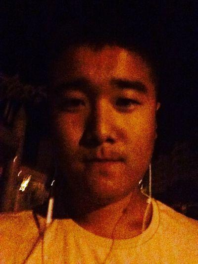 夜晚走在无人的街 First Eyeem Photo
