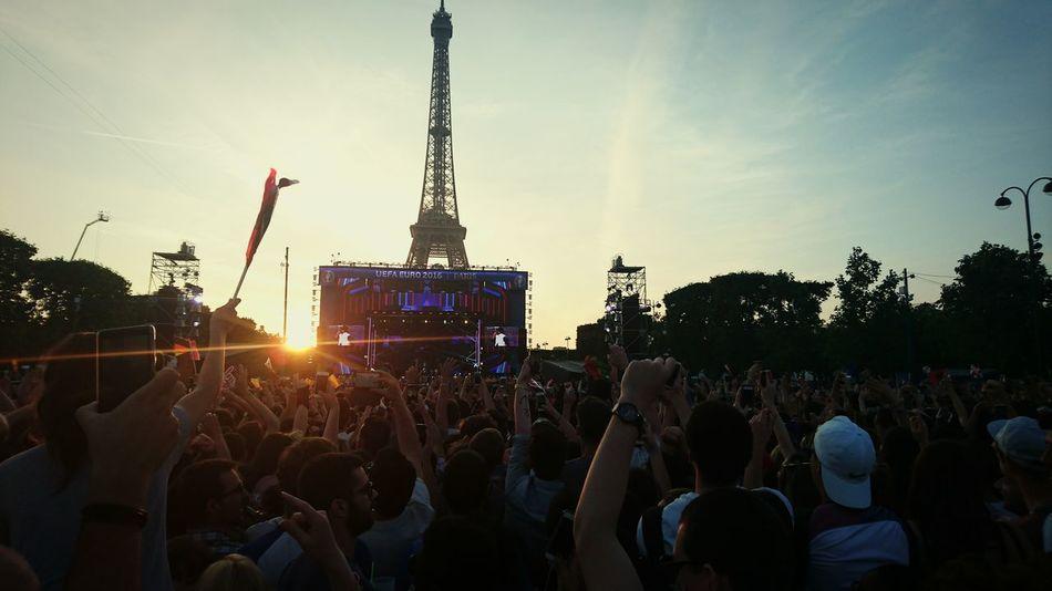 FanZone Davidguetta Paris, France  Concert Euro2016 Toureiffel Ecole Militaire Champs De Mars Fanzone Paris 2016 Ouverture Euro Le Grand Show Tf1