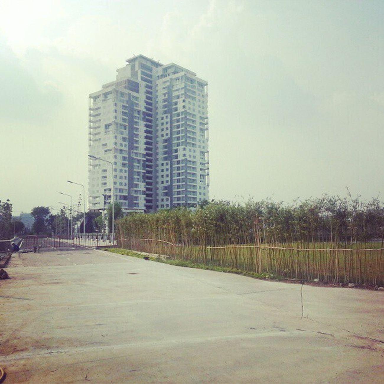 O_o Q2 Hcmc Saigon Vietnam 15