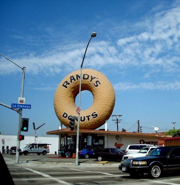 Los Angeles, California Randy's Donuts La Cienaga