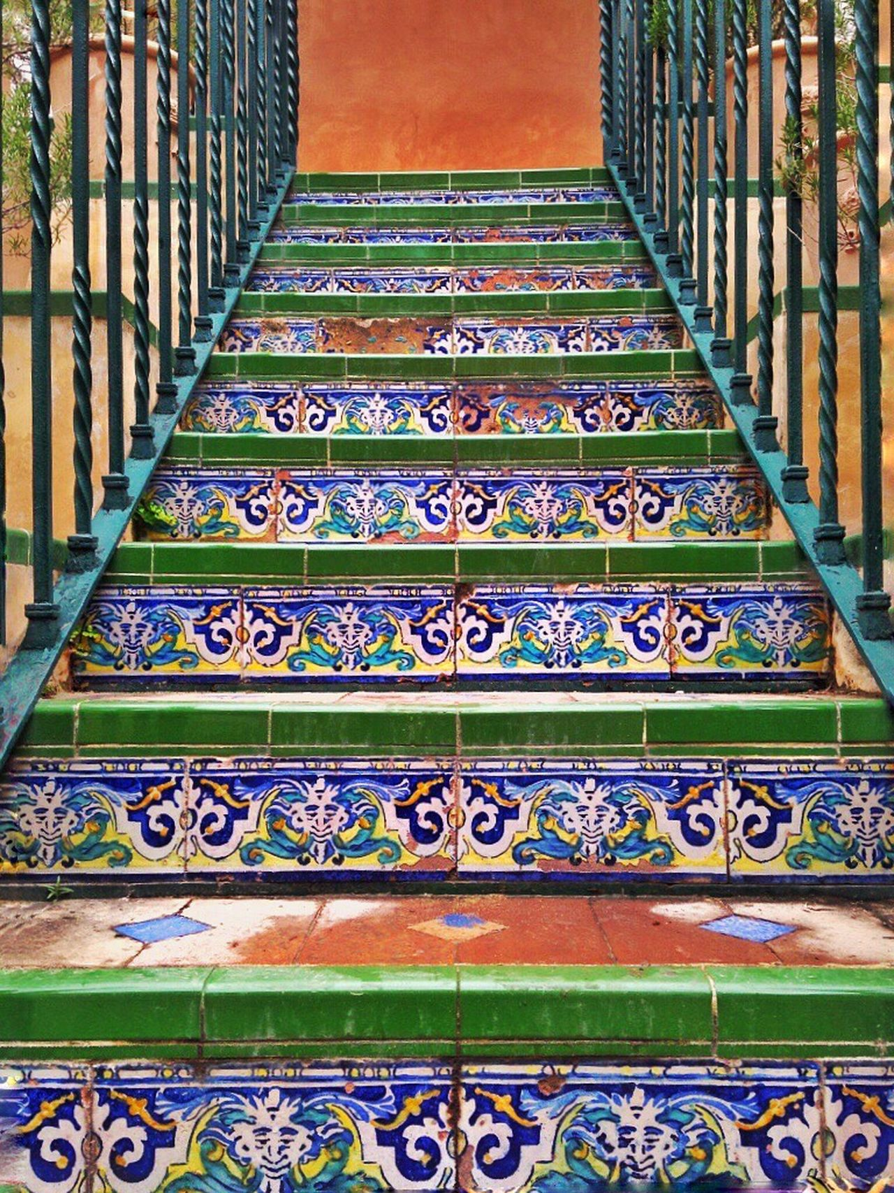 ✨We should go upstairs✨ Sevilla Alcazar SPAIN EyeEm Best Shots Capture The Moment EyeEm Gallery Fresh On Eyeem  Travel Photography Traveling Photo Stairs Andalucía Ceramics Terracotta Sightseeing Great Atmosphere Visiting Holiday Holidays Summer Colorful Art ArtWork