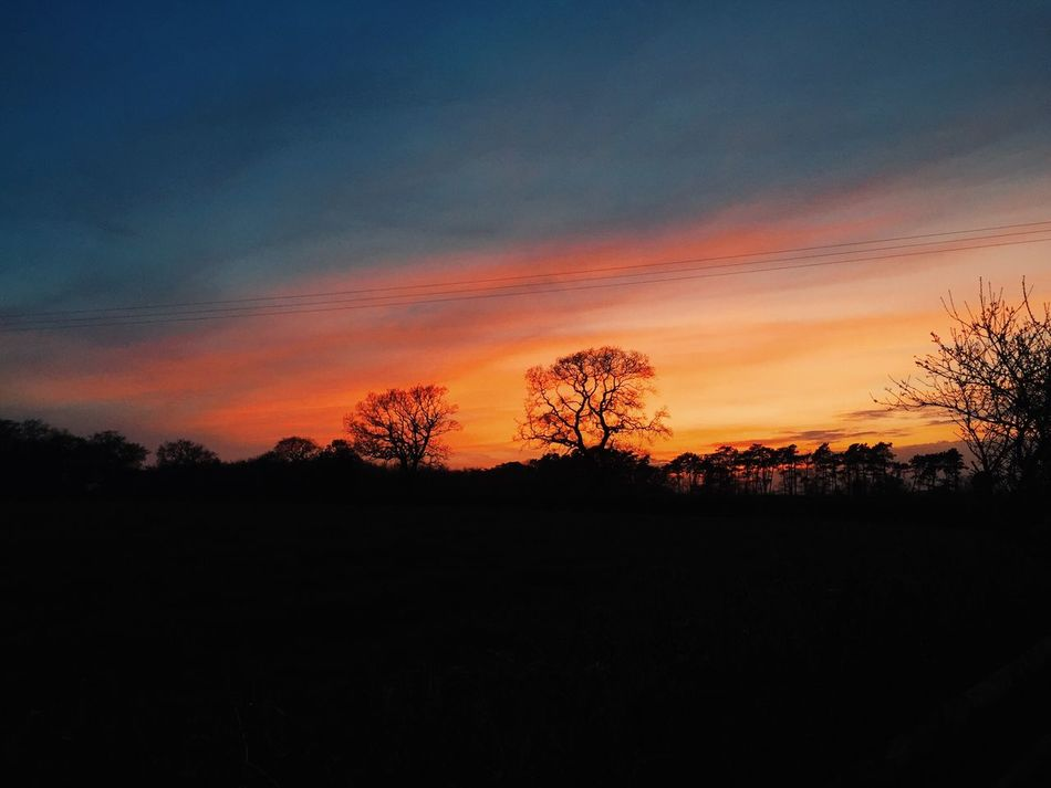 A lovely sunset I captured yesterday whilst outside a country pub! Springtime England Birmingham UK Kingsnorton Countryside Beautiful Iphone6 Sunset