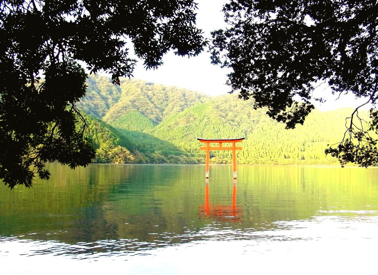 Neighborhood Map Japan Hakone Torii Gate Refrection Lake Nature Sightseeing Travel Destinations Shrine Red Gate Shrine Gate Tranquility Shinto Shrine Shinto Mountain Scenics No People Water Beauty In Nature Worship Shintoism Peace Morning