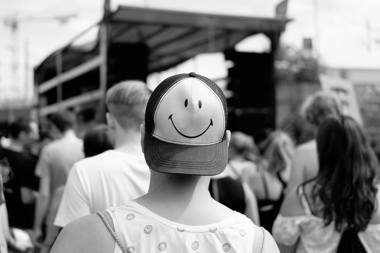 taken at the 'Zug der Liebe' in Berlin. Battle Of The Cities Berlin Black And White Blackandwhite Bw Happiness Hat People People Photography Peoplephotography Person Schwarzweiß Smile Smile ✌ Smiley Street Street Photography Streetphoto_bw Streetphotography