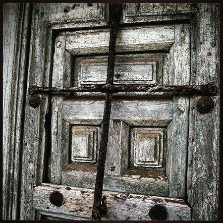 Ig_europe Ig_spain Cantabria Comillas Puertas Doors Loves_doorsandco Doorsandwindows Loves_details Кантабрия Комильяс Детали дверь
