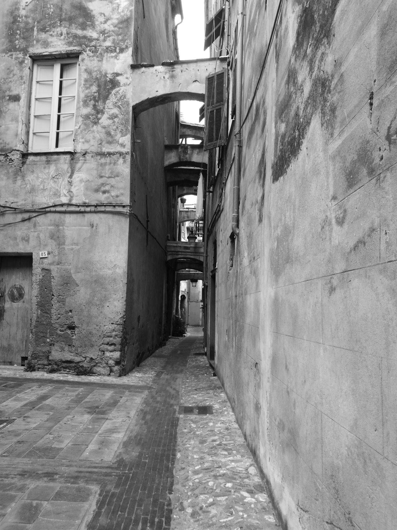 Architecture Built Structure The Way Forward City No People Building Exterior Day Outdoors Albenga Italy🇮🇹 Historical Building Center City