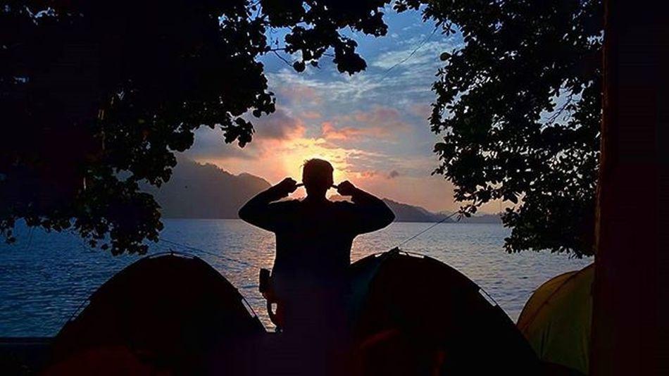 Morning Pamutusan island.. I hope in the world, i never have problem and Allah SWT always give me solution for my life.. 😇 . . . Adventure_sumbar Explore_sumbar ExploreSumbar ExploreMinang ExploreSumatraBarat Instagram Potret_sumbar Potretsumbar Pamutusanisland Sumbar Sumbarrancak Sumbar_rancak Sumbar_oke Sumbarnesia Tripsumbar Minangrancak Minangsedunia Indonesiajuara Ota_lapau Paimalala Hitspadang