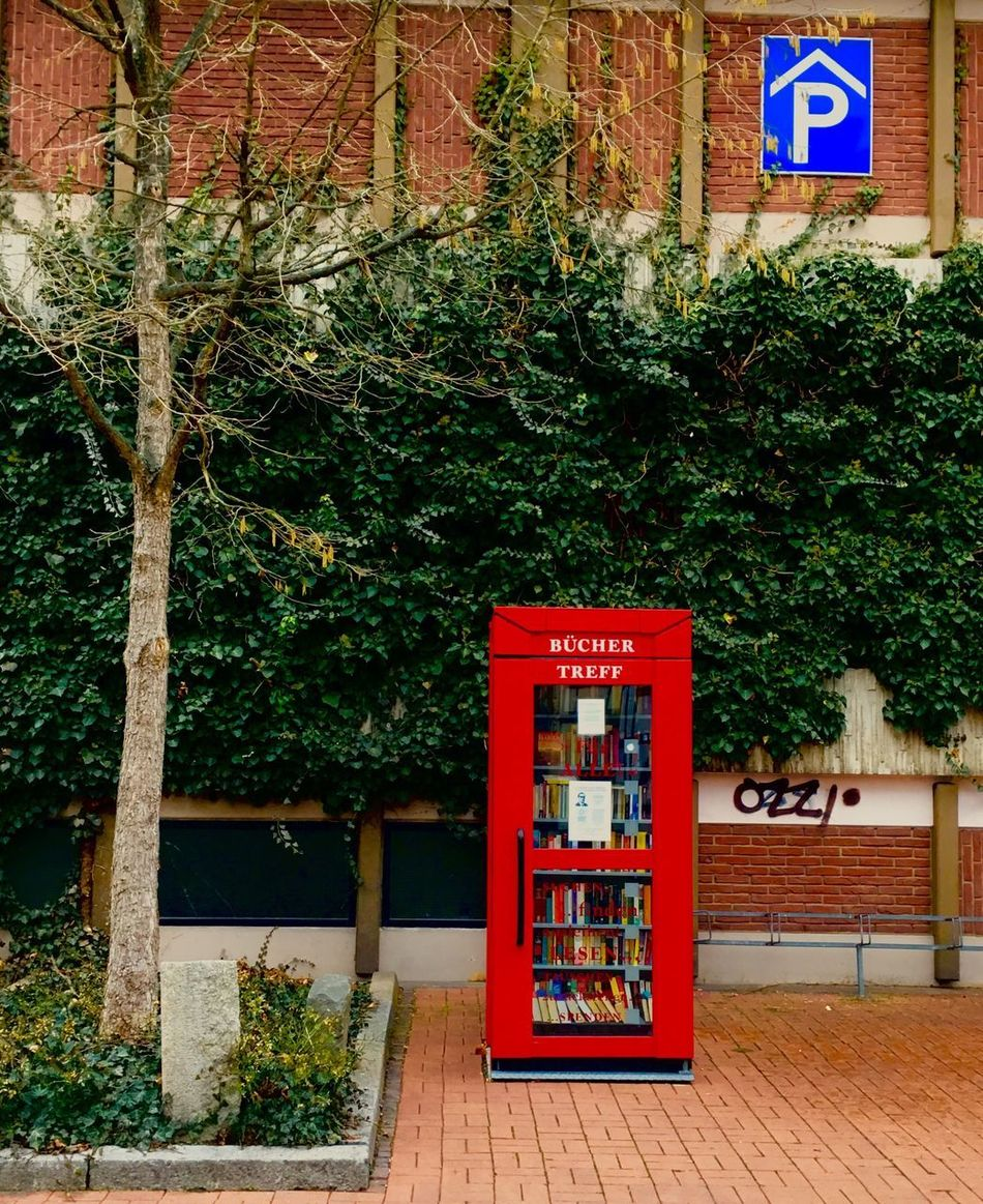 Bookstation Book Books Book Collections Bookstagram Bookphoto Wolfenbüttel Mytown Mywolfenbuttel Art Germany🇩🇪 Beautiful Photography City No People Colors Outdoors Day Colorful