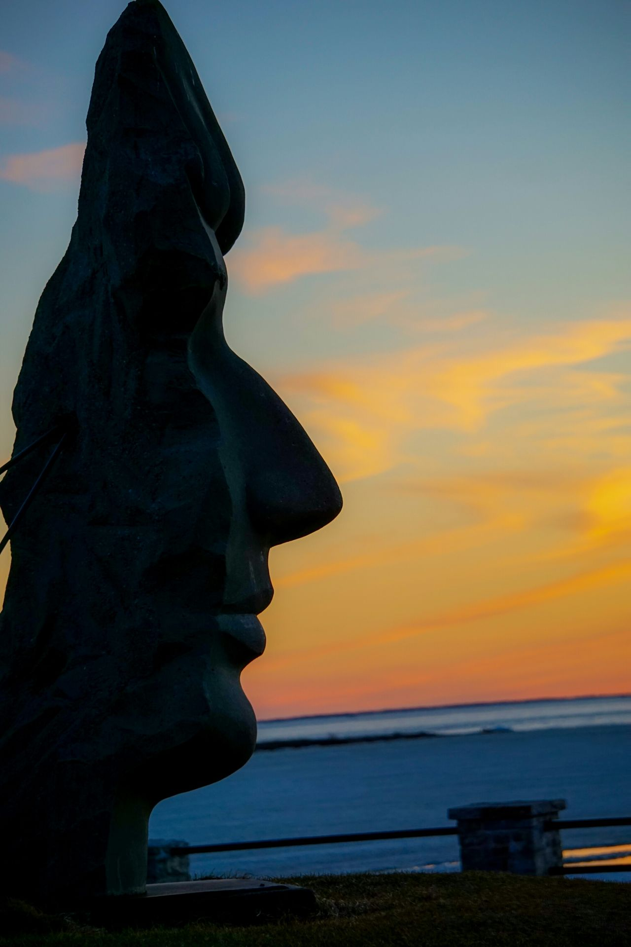 È proprio vero che nella vita ci vuole naso 👃 Faces Of EyeEm Dawn Canada Coast To Coast Canada Montréal Lachine A6000 Skyporn Multicolor Eyem Best Shots