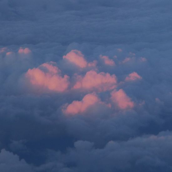 Kissed by the evening sun Pink Clouds At Sunset Heaven View From A Plane Window Untamed Heart Vienna's Calling😍😎 über Den Wolken.. Tranquility Enjoying The View Lucky Me🦄 EyeEm Nature Lover Tranquility In Nature You Raise Me Up✨ My Soul's Language Is📷 Mood Captures For My Friends 😍😘🎁 Simple Beauty Flying Love To Be Above The Clouds Golden October Tranquil Scene Enjoying Life Perspectives On Nature An Eye For Travel