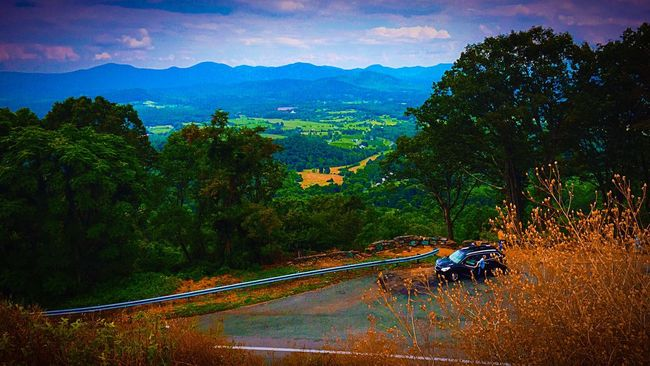 July Showcase Colorful Nature Landscape_lover Travelblogger Check This Out Taking Photos Treesandsky Hillside View Virginia USA Scenic Lookout Family Vacation Valleys Travel Photography Fine Art Photograhy Fine Art Photography Beliebte Fotos Bgbphotos Transportation Vehicle