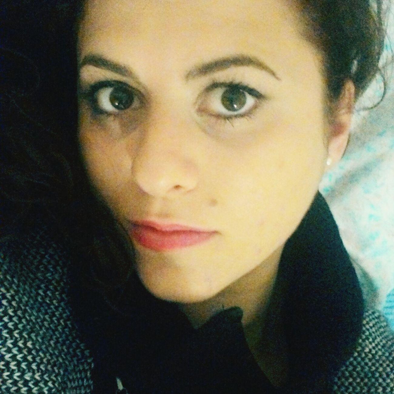 Fineserata Stancamorta Girl Home Me Italia Occhi Occhiaie Gli Occhi Sono Lo Specchio Dell'anima.