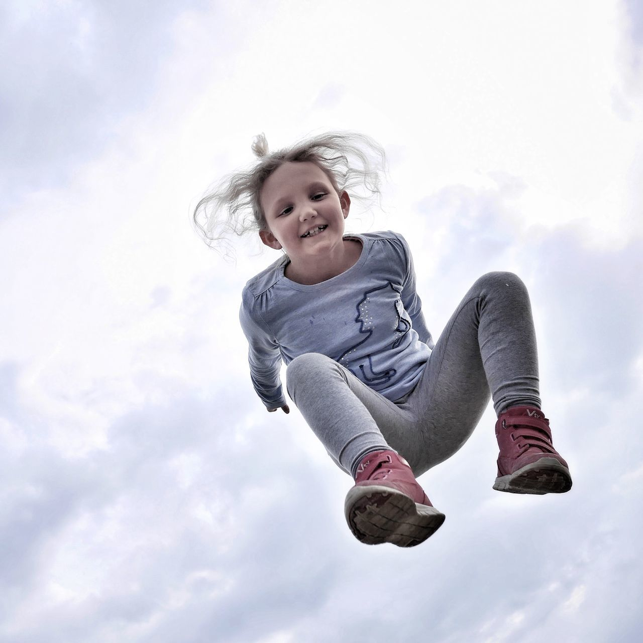 Where's my limit? - MAinLoveWithFreedom and Little Girl Jumping Flying High Flying High Flying Away Like A Bird In The Sky Jump Fly Fly Away Fun Children Children Photography Childhood Happiness Joy Joy Of Life No Limit No Limits Different Perspective How I Feel At Times How I See People How I See The World - #Ahorn #Sportpark #Paderborn
