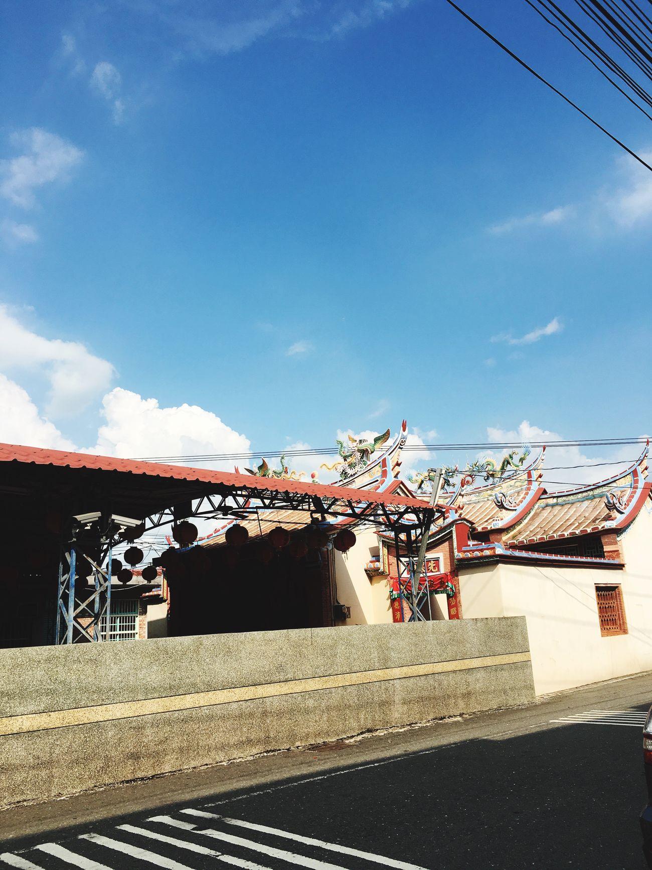 六月 臺灣 Taiwanese June 台湾 Neipu Pingtung Shy Blue 屏東 內埔 土地公廟 藍天 白雲