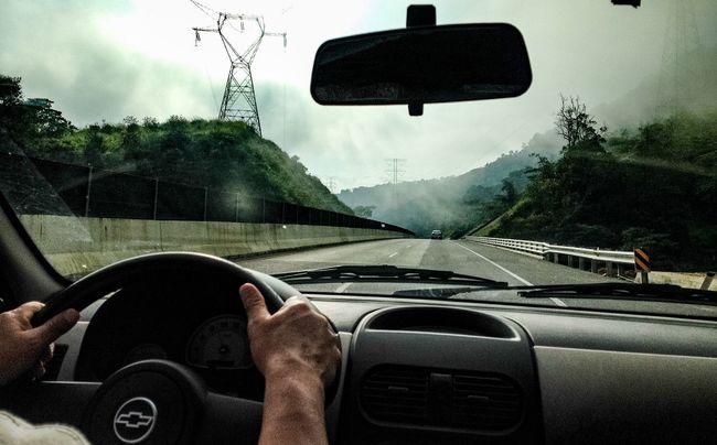 Un buen viaje... Viajando Viajar Viaje Travel Traveling Conducir Conduciendo Driving Drive Carretera Vacaciones Vacation Car Automobile Automobil Carro Coche